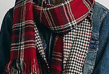 """new5 / Тартан - самая новогодняя расцветка! К тому же вещи в клетку никогда не выйдут из моды. Украшайте дом к праздникам веселой """"шотландкой"""", а любимой в подарок присмотрите теплый клетчатый шарф в love2shop. Мы знаем, ей понравится!"""