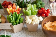 CREATIVE WAYS TO DISPLAY FOOD / by Stacey Eavenson