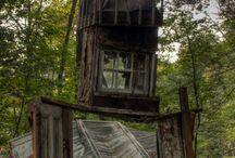Norm Elder Cottage / A dark history in Ontario