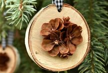 Pine cone wooden disks