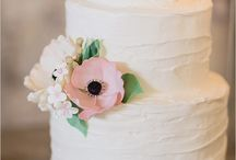Cakes and sweets / by Honey and Cinnamon Italian Wedding Planner