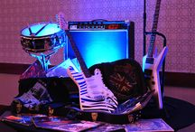Rock & Roll / Add flair to your Rock & Roll event with some rockin' props!