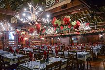 Angus Barn Holiday Decorations / 2015 Holiday Decorations