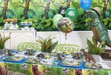 Jurassic World Party Ideas / It's been a while since the last Jurassic Park movie, but pint-sized paleontologists are in luck: dinosaurs are back in a big way in the new blockbuster Jurassic World. Take it back to prehistoric times with the Jurassic World birthday party theme. For a party that's dino-mite, let the BirthdayExpress experts help you every step (or stomp!) of the way. We have party activity ideas, planning tips and party supplies covering invitations and decorations to favor boxes and party favors!