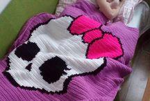 háčkované a pletené deky z mé dílny / máte zájem o háčkovanou nebo pletenou deku z mé dílny? pište na crochetland@seznam.cz nebo se přidejte do skupinky na facebooku https://www.facebook.com/groups/1433310873583700/?ref=bookmarks