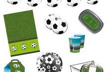 Voetbal Kinderfeestje / Doe hier ideeën op voor de leukste voetbal feestartikelen en versieringen voor een compleet voetbal feestje.