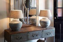 Vloer- en tafellampen | Nano Interieur / Verlichting is belangrijk in je woning. Naast dat het functioneel is, brengt het ook sfeer in huis.  #sfeer #verlichting #lampen #staandelamp #tafellamp #vloerlamp