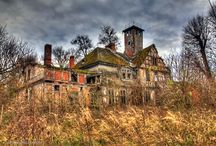 Abandoned places / Abandoned Mansions and Palaces in Poland