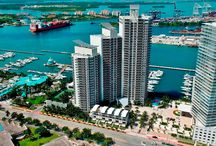 """MURANO GRANDE AT PORTOFINO-SURROUNDINGS / Murano Grande at Portofino is located on the southwestern-most edge of Miami Beach, right on the exclusive """"SOFI""""(South of Fifth Street) neighborhood. This prime setting is a highly desirable living area thanks to its crystal clear waters surroundings, world class allures and its vibrant beat."""