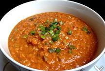 Kulinarische Suppen und essen