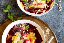 Styling: Smoothie Bowls / Smoothie bowls | Açaí bowls | Smoothie bowl toppings |  Detox bowls | Vegan smoothie bowls | Dairy free smoothie bowls