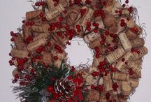 Cork Wreaths / by Cindy Smith-Mahoney