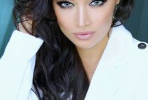 Makeup tips and tricks / Everything beautiful makeup and coloring related / by Heather Vernon