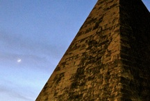 Pyramids { death & mysterie }