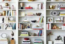 Bookshelves/Estantes / Pretty rooms with pretty bookshelves