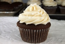 Cupcakes and cookies / by Vanessa Lee Allen