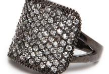 *Fashion: Rings*