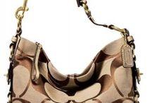 I'd SO wear that! / by Kristen Bohot