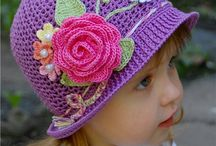 Crochet hats and scarfs / Different crochet hat patterns.