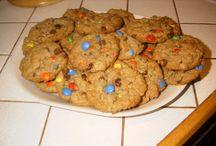 Cookies / by Lynn Myros Davidson