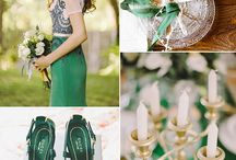 2016 wedding trend Emerald Plum and Gold / Florals and styling