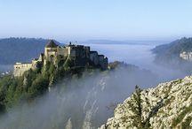 Voyageurs découvreurs / Montagnes du Jura, l'autre versant de la montagne. Grands espaces, anticonformisme, exotisme, esprit voyageur, quatre saisons…