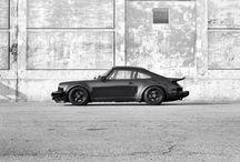 Porsche / 930 turbo