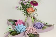 Pastel flower creations / Decoration with pastel coloured echeveria miranda