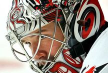 Hockey helmet goalie