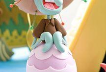 SPONGE BOB Fondant Cake / by Isabel Macarron