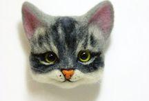 Кошка из войлока