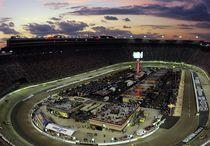 NASCAR / by Paul Mansfield
