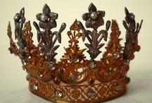 kruunut ja tiarat