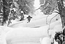 """Canon   Fotosoutěž """"Mrazivé okamžiky"""" / Představujeme užší výběr fotografií z Canon fotosoutěže Mrazivé okamžiky. Čtyři vybraní fotografové se vydají s Canon ambasadorem Jakubem Freyem na fotografický workshop do Alp."""
