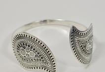 Jewelry / by Michele Lynn