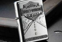 Zippo Harley Davidson / Brichete Zippo inscriptionate tematic Harley Davidson