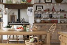 Ideas for kitchen accessories / Some great inspiration for adding accessories to your kitchen and creating beautiful style.