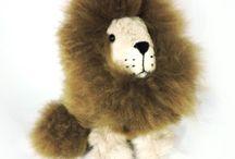 Alpaca Animals / Cute, Fluffy, Adorable stuffed animals made of 100% Alpaca Fur. NO ALPACAS WERE HARMED