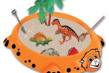 Be Good Kum Tepsileri / Çocukların motor becerilerini güçlendirip, hayal dünyalarını geliştiren kum tepsileri!   Bu masaüstü kum tepsileri ile çocuğunuz dışarı oyunlarını eve taşıyabilecek.  Ayrıntılı bilgi ve Be Good markasının diğer ürünleri için tıklayınız: http://bebekform.com/be-good