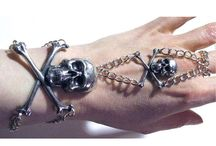 Skull Bags, Bling & Clothes / Right Up My Alley