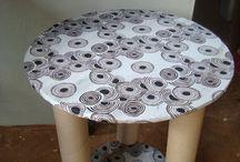 Mesas com tubos papelão