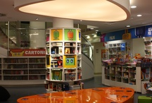 Mobi Mondadori / kids book-shop space in Mondadori Multicenter in Milano Duomo. With MUBA (Children's Museum of Milan) we designed space, graphics and invention of MOBI tribe of characters and multimedia e-book game for children.