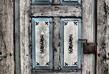 doors / French Vanilla Creations designs and manufactures replicas of old and vintage front doors. Or any door! Linza often travels abroad and brings loads of ideas back to business. Not only new doors but revamping your old door is part of her business. Check out her blog www.frenchvanillacreations.co.za