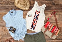 Seniors: Summer Style / Summer style outfit ideas for your Dallas senior portrait shoot.