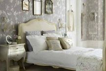 BedRooms / by Aline Gallois