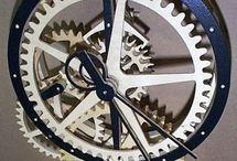 Wooden Gear Clocks / Time Machines