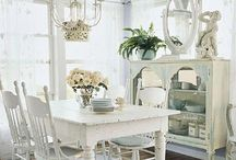 Fine Dining Rooms / Dining rooms, inviting, beautiful, cottage style, romantic, French, chic, and delectable / by Girl in Pink