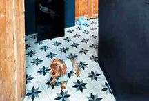 Encaustic tiles / Encaustic tiles originate from the monasteries of the 13th century.  Their colours and patterns create the most beautiful decorated flooring.