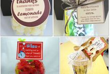Gifts / Welcome to Simply Kinder's Gifts Pinterest Board. This board will contain teaching ideas, printables, art projects, curriculum, lessons, and activities for teaching calendar. Ideas are geared towards preschool (pre-k), kindergarten, and first grades!  Simply Kinder a teaching blog all about teaching kindergarten! / by Simply Kinder