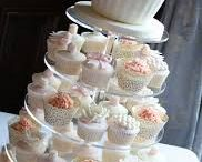 The Wedding Cake / Chocolate or marsipan? Cupcakes or layers?